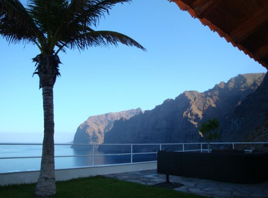 The cliffs in the morning