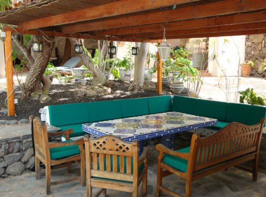 Garden- and BBQ-Lounge